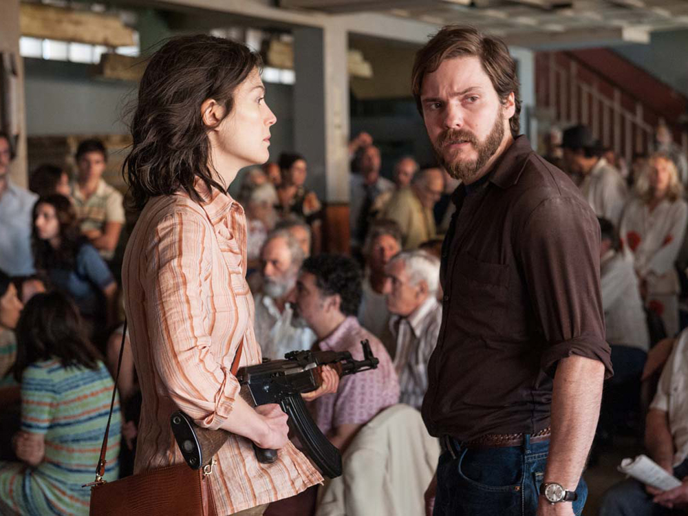 '7 Days in Entebbe' Will Keep You Waiting… and Waiting